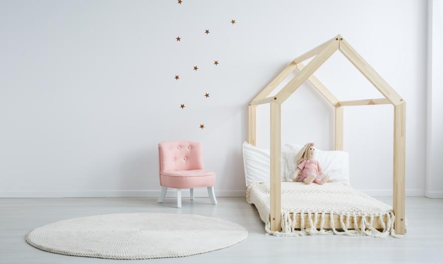 Dětská patrová postel pro sourozence není jen vzpomínkou na minulé časy