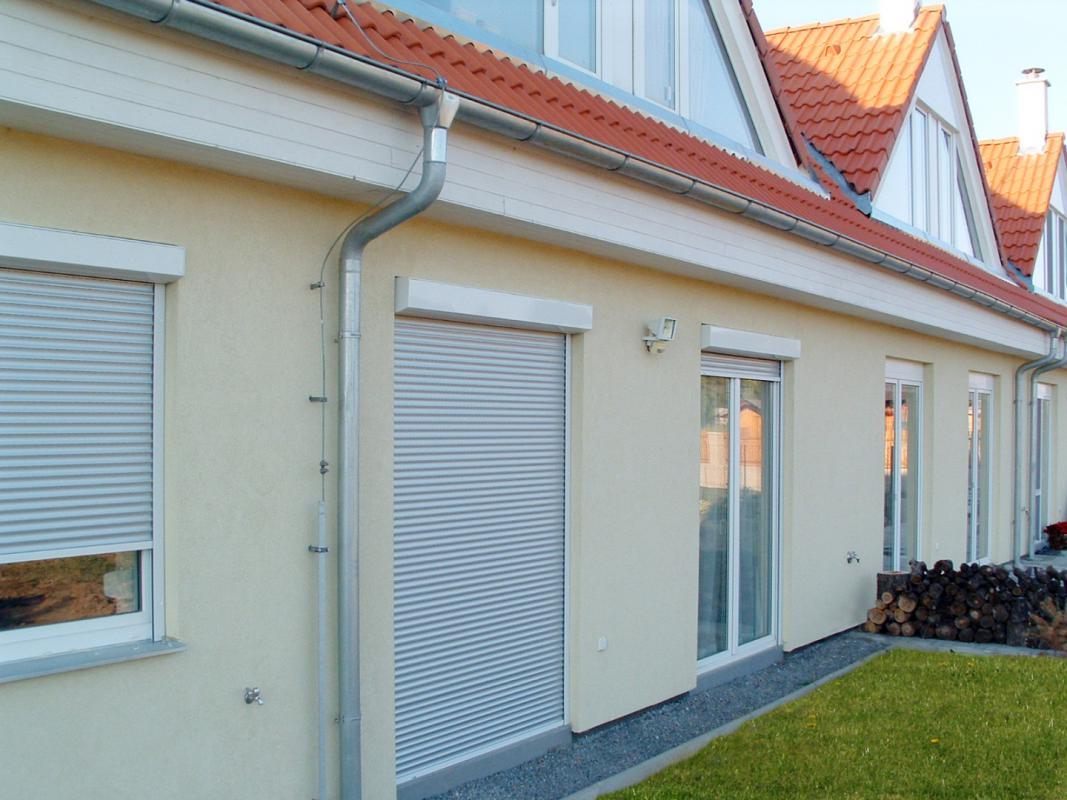 Hlavní důvody, proč dát na dům či byt venkovní rolety